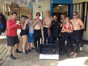 WLHA working with Project Clear Curacao divers to hunt lionfish